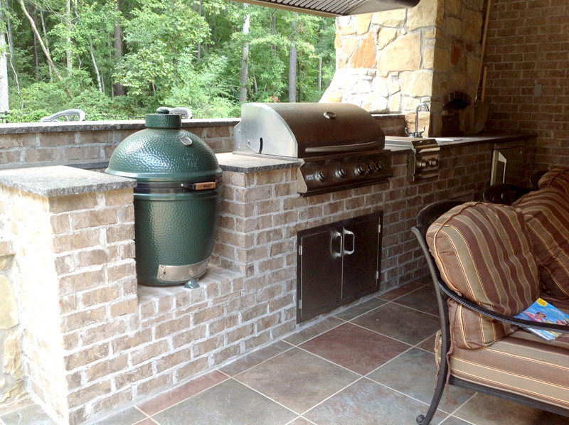 Outdoor kitchen photo gallery for Outdoor kitchen brick design